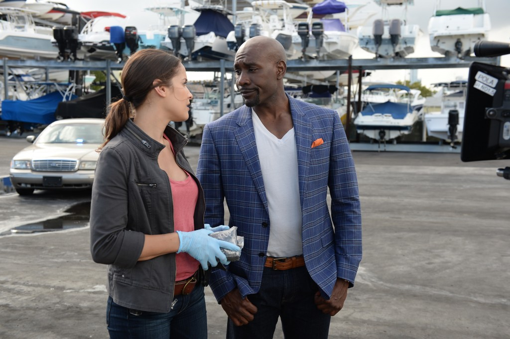 """ROSEWOOD: Morris Chestnut as Beaumont Rosewood, Jr. and Jaina Lee Ortiz as Detective Villa in the """"Pilot"""" series premiere episode of ROSEWOOD airing Wednesday, Sept. 23 (8:00-9:00 PM ET/PT) on FOX. ©2015 Fox Broadcasting Co. Cr: Jeff Daly/FOX."""