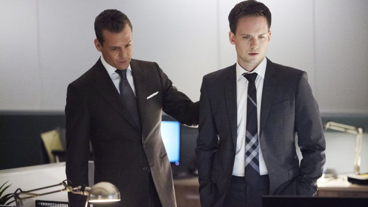 "SUITS -- ""No Way Out"" Episode 316 -- Pictured: (l-r) -- (Photo by: Shane Mahood/USA Network)"