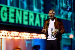 will-smith-accepts-MTV-generation-award-640x426