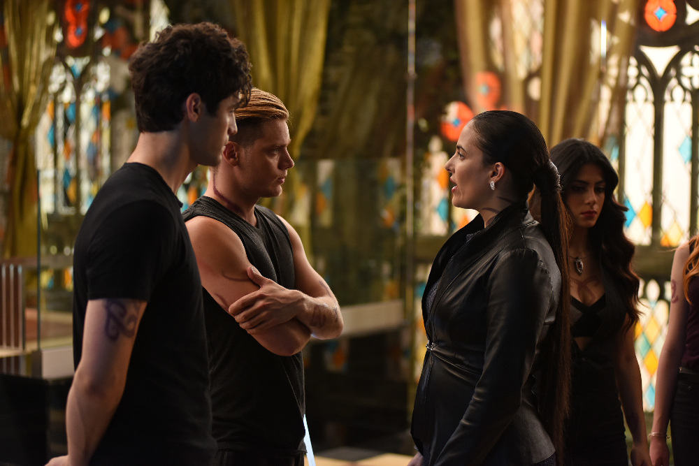 """SHADOWHUNTERS - """"Moo Shu To Go"""" - Alec finds himself torn between duty and loyalty to Jace in """"Moo Shu to Go,"""" an all-new episode of """"Shadowhunters,"""" airing Tuesday, February 9th at 9:00 – 10:00 p.m., EST/PST on Freeform, the new name for ABC Family. (Freeform/John Medland) MATTHEW DADDARIO, DOMINIC SHERWOOD, NICOLA CORREIA-DAMUDE, EMERAUDE TOUBIA"""