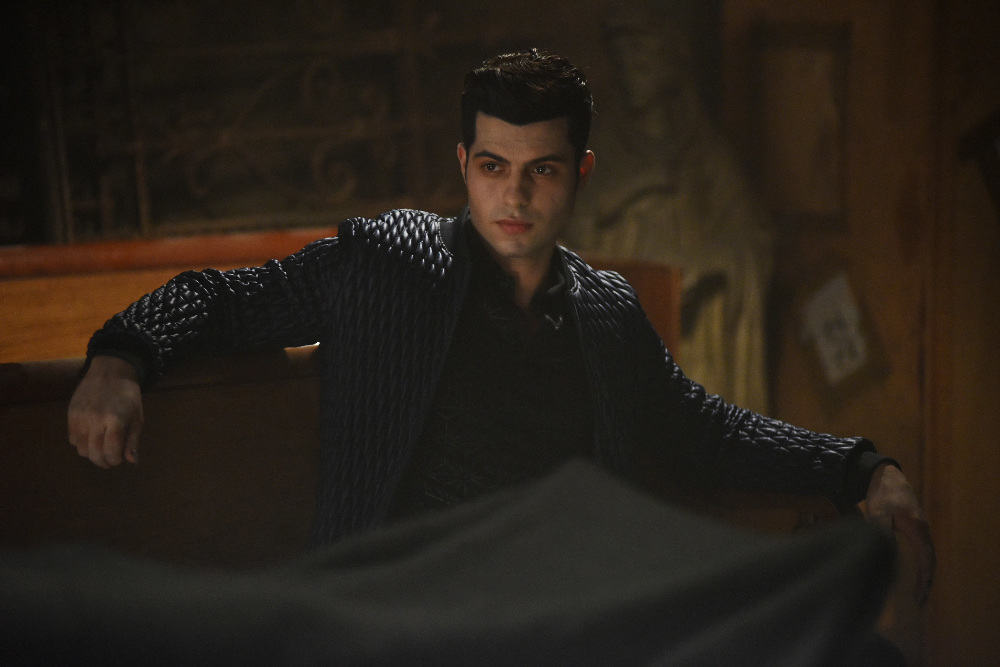 """SHADOWHUNTERS - """"Bad Blood"""" - Alec and Clary are forced to make some hard decisions in """"Bad Blood,"""" an all-new episode of """"Shadowhunters,"""" airing Tuesday, March 1st at 9:00 – 10:00 p.m., EST/PST on Freeform, the new name for ABC Family. (Freeform/John Medland) DAVID CASTRO"""