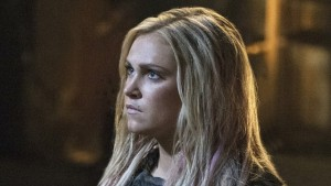 the-100-eliza-taylor-on-clarkes-similarities-to-le_xnvy.640