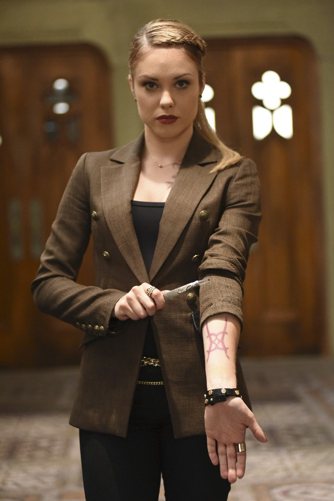 """SHADOWHUNTERS - """"Bad Blood"""" - Alec and Clary are forced to make some hard decisions in """"Bad Blood,"""" an all-new episode of """"Shadowhunters,"""" airing  Tuesday, March 1st at 9:00 – 10:00 p.m., EST/PST on Freeform, the new name for ABC Family. (Freeform/John Medland) STEPHANIE BENNETT"""