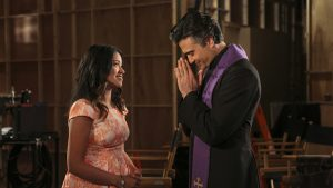 """Jane The Virgin -- """"Chapter Eleven"""" -- Image Number: JAV111b_0305.jpg -- Pictured (L-R): Gina Rodriguez as Jane and Jaime Camil as Rogelio -- Photo: Danny Feld/The CW -- © 2015 The CW Network, LLC. All rights reserved."""